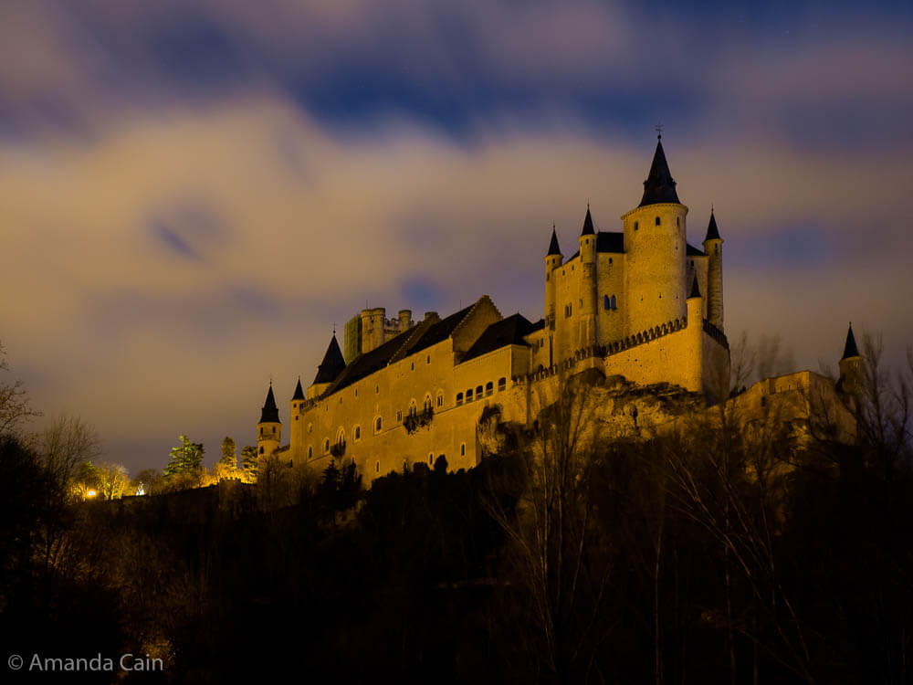 The fairytale Alcázar of Segovia at night.