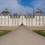 The perfect symmetry of Cheverny Chateau.