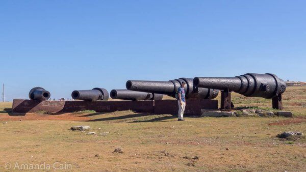 Some of the huge cannons from Havana's forts. (With Pedr for size comparison.)
