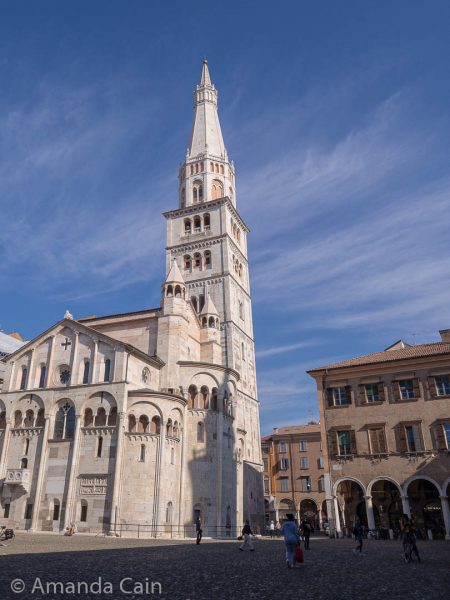 The cathedral of Modena with its famous leaning bell tower. This whole region of Italy seems to have leaning towers (Pisa and Bologna also have some good examples). I'm not sure if there was some kind of special discount on wonky towers in medieval Italy...